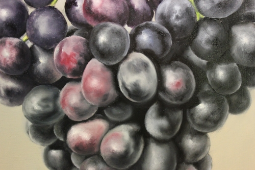 painting grapes closeup