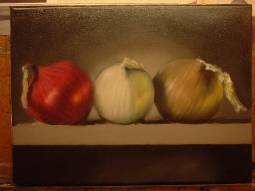 still life onions red white yellow
